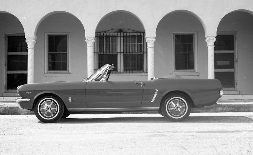 1964-1/2 Ford Mustang convertible - Slide 4