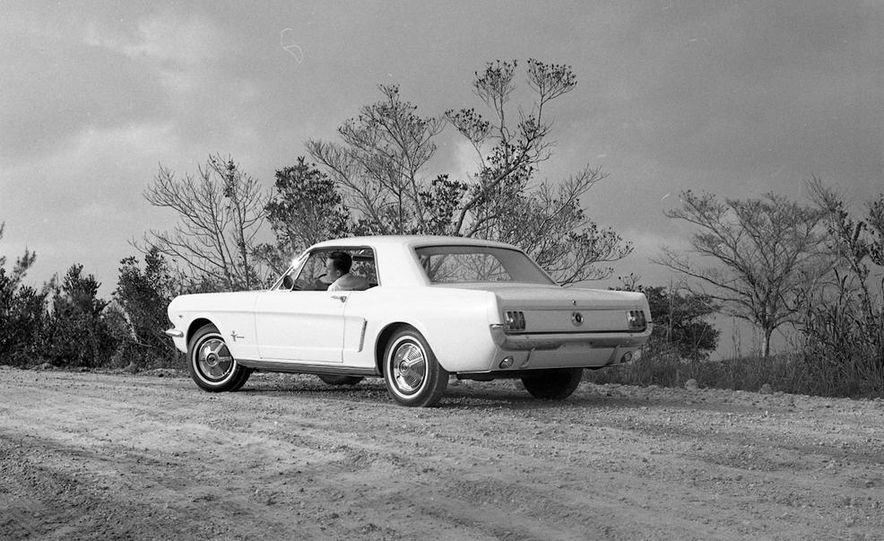 1964-1/2 Ford Mustang convertible - Slide 19
