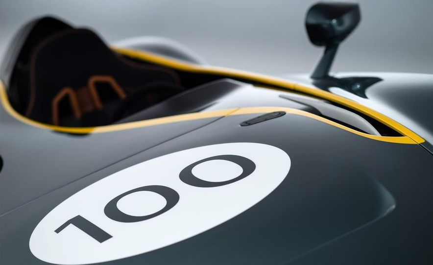 Aston Martin CC100 Speedster concept - Slide 9