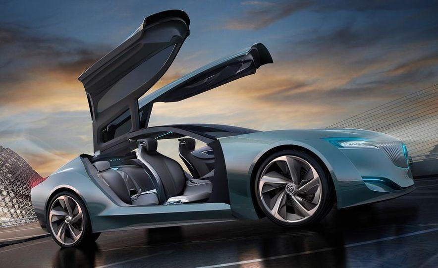 Aston Martin CC100 Speedster concept - Slide 36