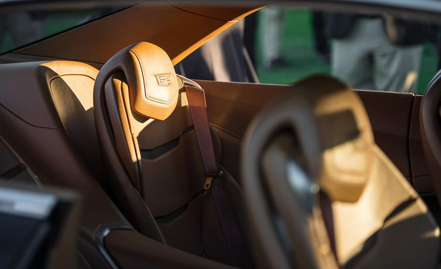 Aston Martin CC100 Speedster concept - Slide 51
