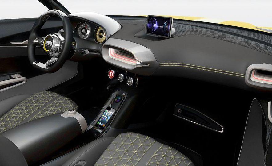 Aston Martin CC100 Speedster concept - Slide 85