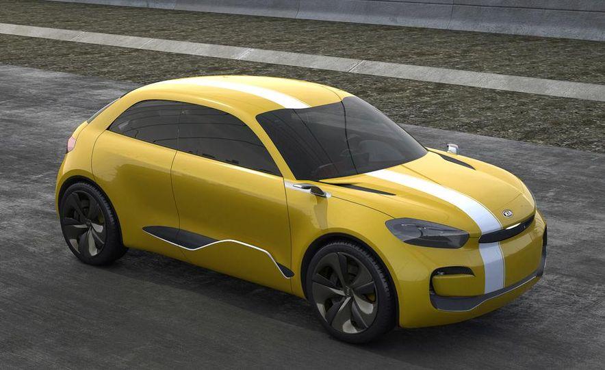 Aston Martin CC100 Speedster concept - Slide 79