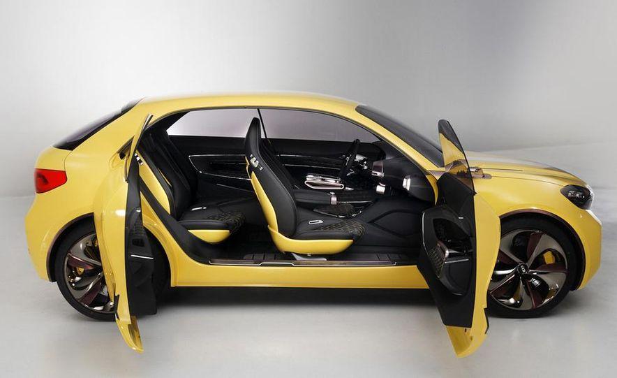 Aston Martin CC100 Speedster concept - Slide 83
