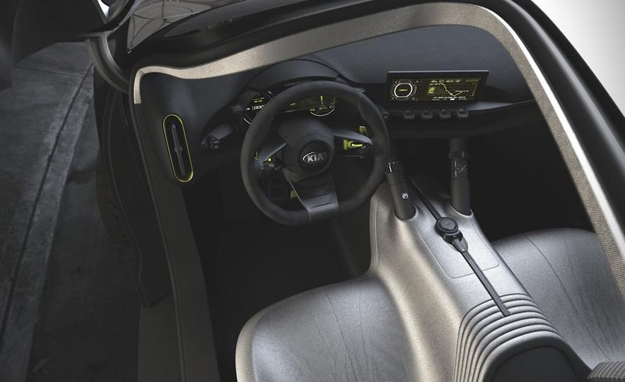 Aston Martin CC100 Speedster concept - Slide 88
