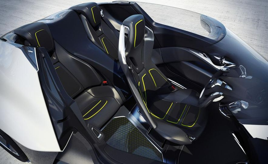 Aston Martin CC100 Speedster concept - Slide 113
