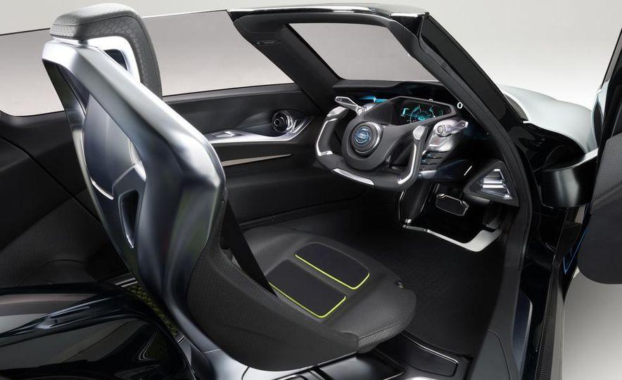 Aston Martin CC100 Speedster concept - Slide 114
