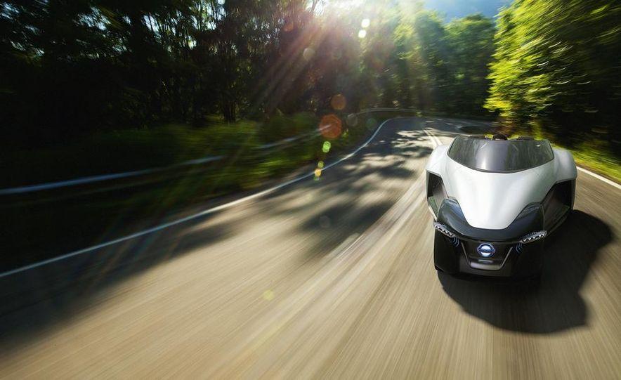 Aston Martin CC100 Speedster concept - Slide 105