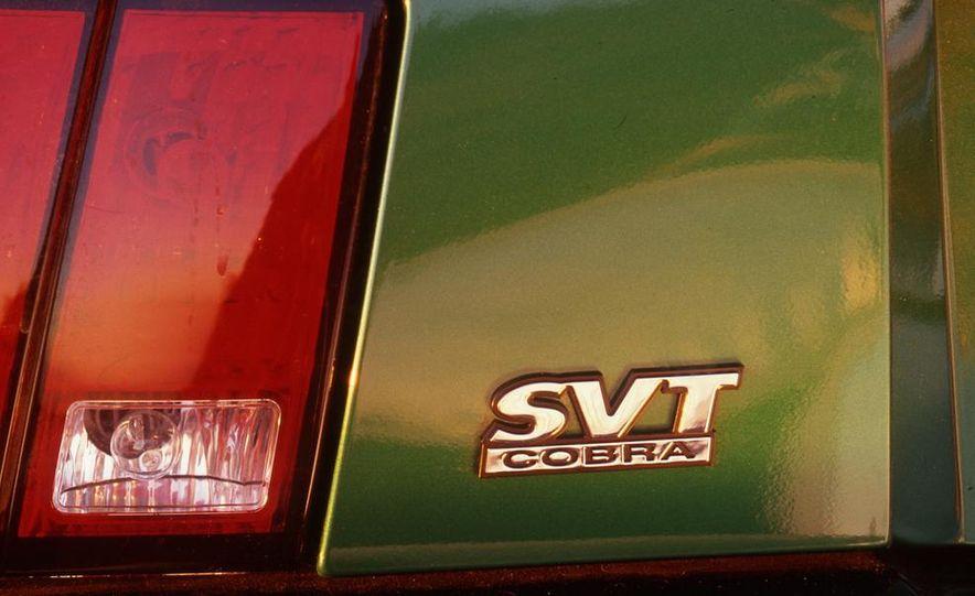 1999 Ford Mustang SVT Cobra - Slide 4