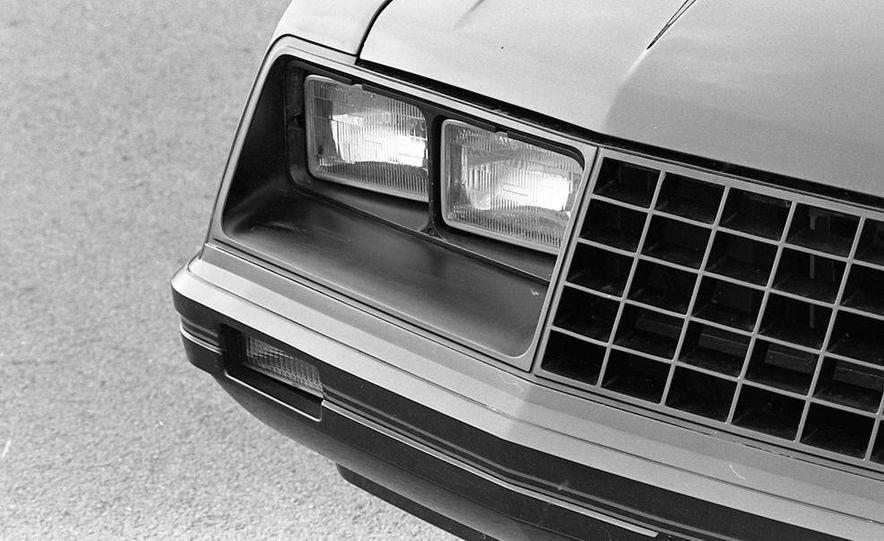 1982 Ford Mustang 5-Speed - Slide 8