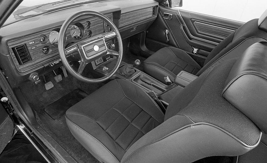 1982 Ford Mustang 5-Speed - Slide 11
