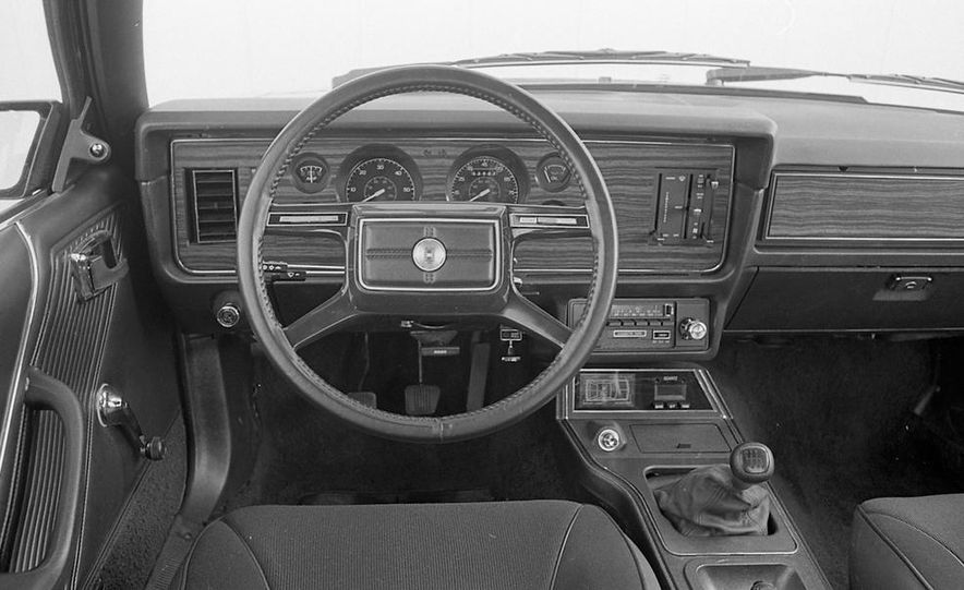 1982 Ford Mustang 5-Speed - Slide 12