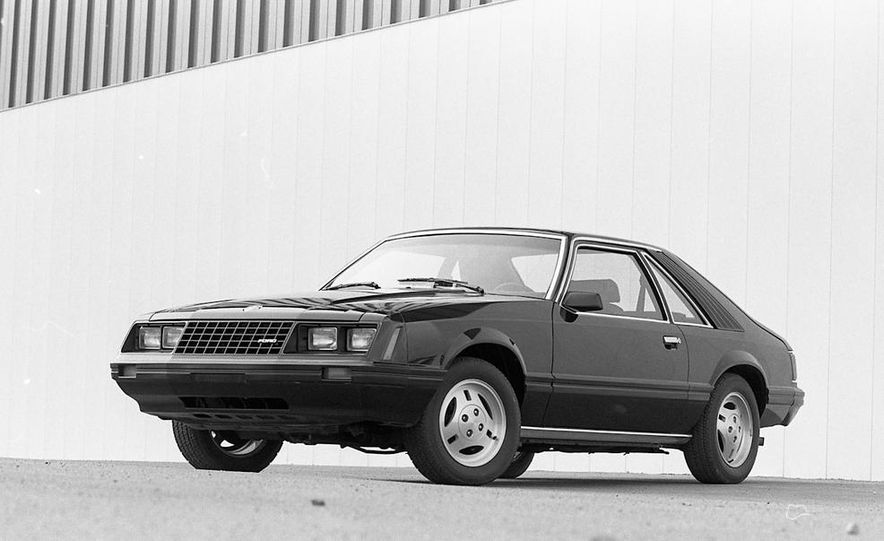 1982 Ford Mustang 5-Speed - Slide 2