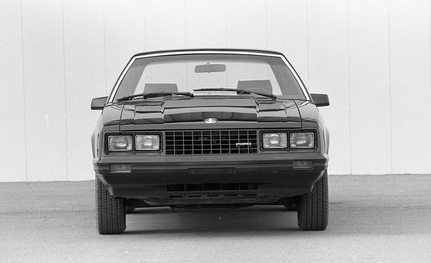 1982 Ford Mustang 5-Speed - Slide 6