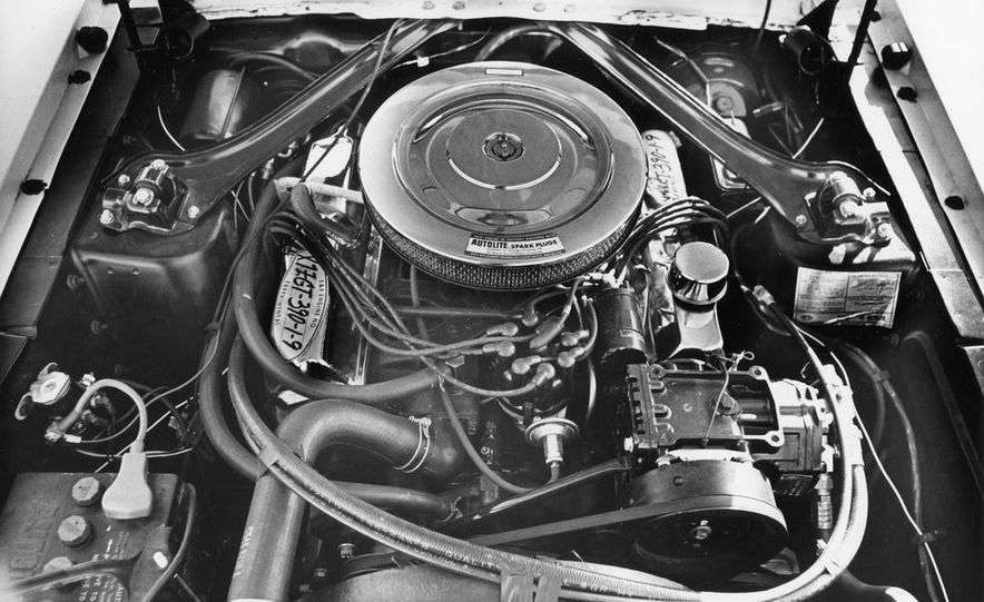 1967 Ford Mustang GT Automatic - Slide 9