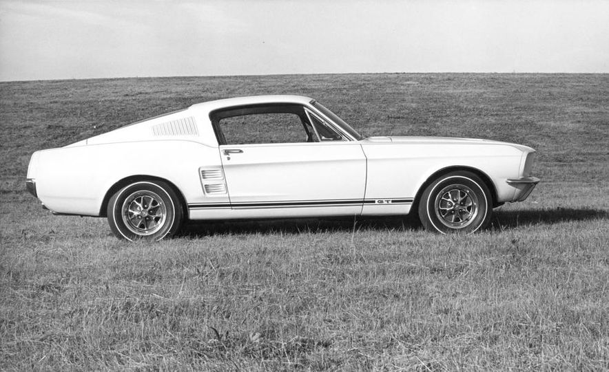 1967 Ford Mustang GT Automatic - Slide 3
