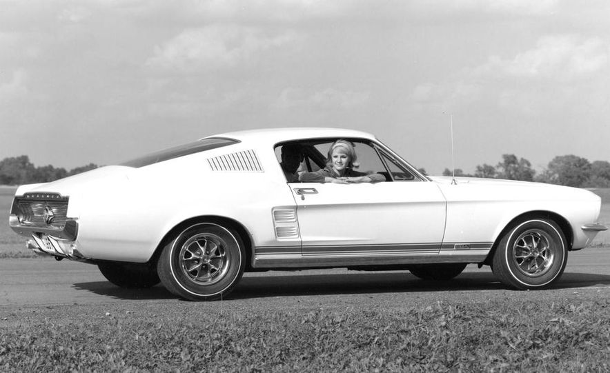 1967 Ford Mustang GT Automatic - Slide 4