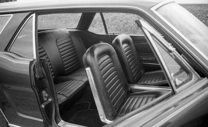 Ford Mustang Wagon - Slide 13