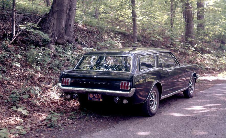 Ford Mustang Wagon - Slide 4