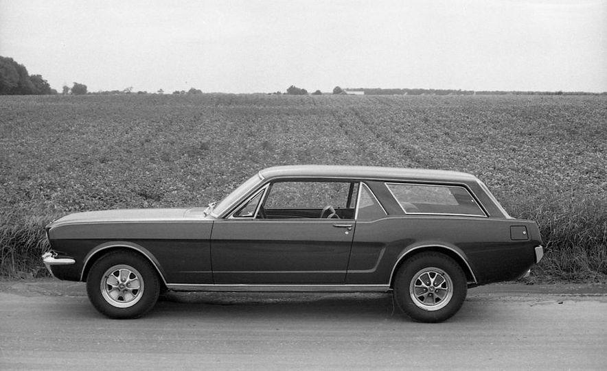 Ford Mustang Wagon - Slide 11