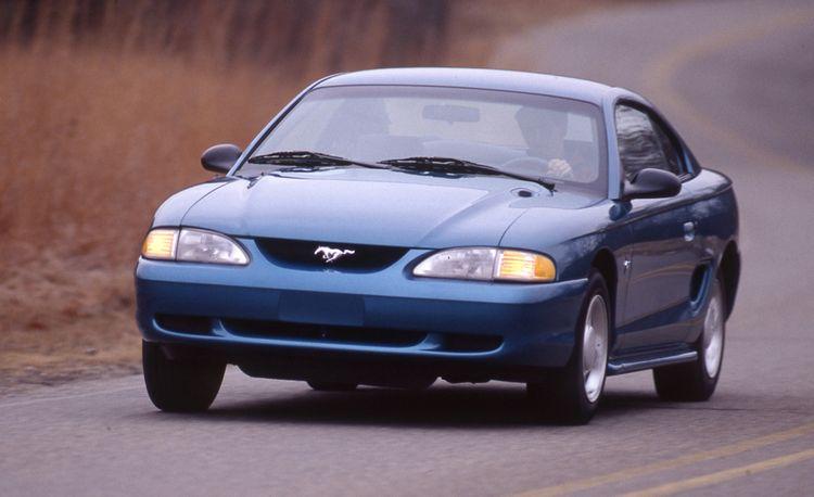 1994 Ford Mustang V-6