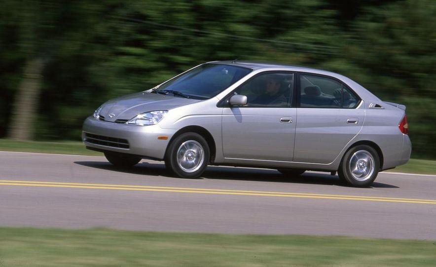 2001 Toyota Prius - Slide 1