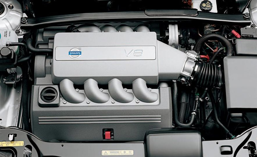 2005 Volvo XC90 - Slide 5