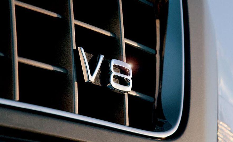 2005 Volvo XC90 - Slide 3