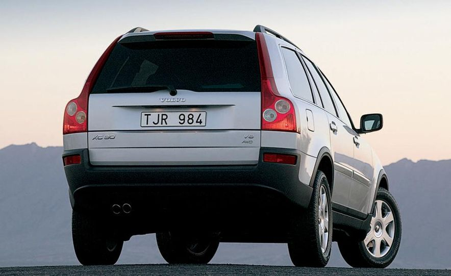 2005 Volvo XC90 - Slide 2