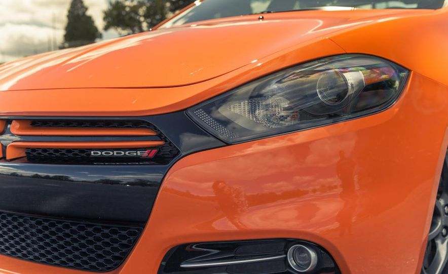 2014 Dodge Dart Blacktop - Slide 22