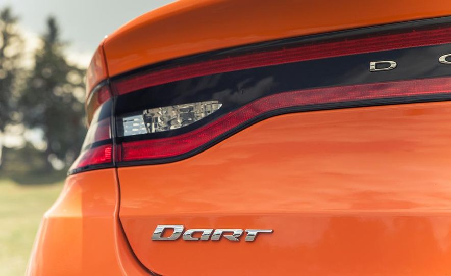 2014 Dodge Dart Blacktop - Slide 27