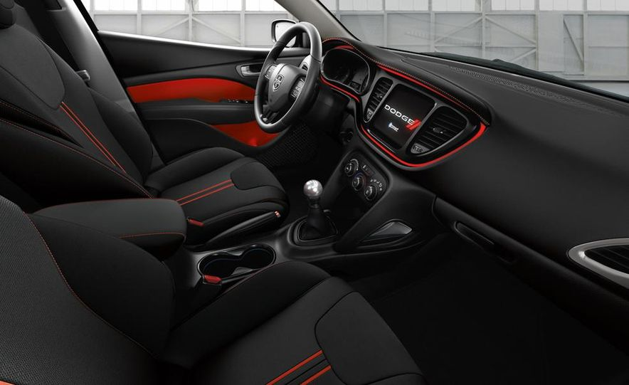 2014 Dodge Dart Blacktop - Slide 17