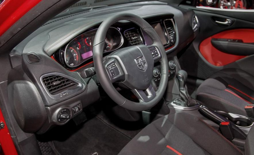 2014 Dodge Dart Blacktop - Slide 11