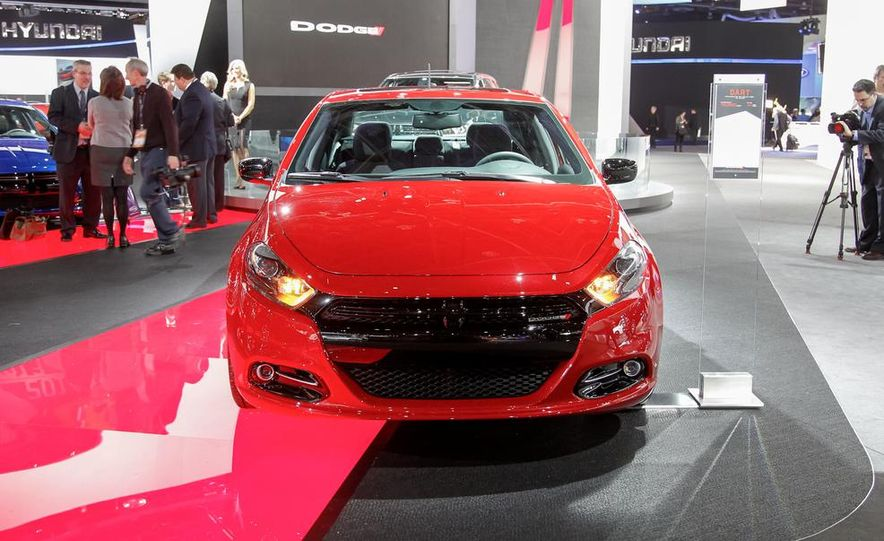 2014 Dodge Dart Blacktop - Slide 2