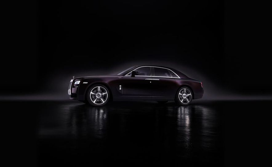 Rolls-Royce Ghost V-Specification - Slide 4
