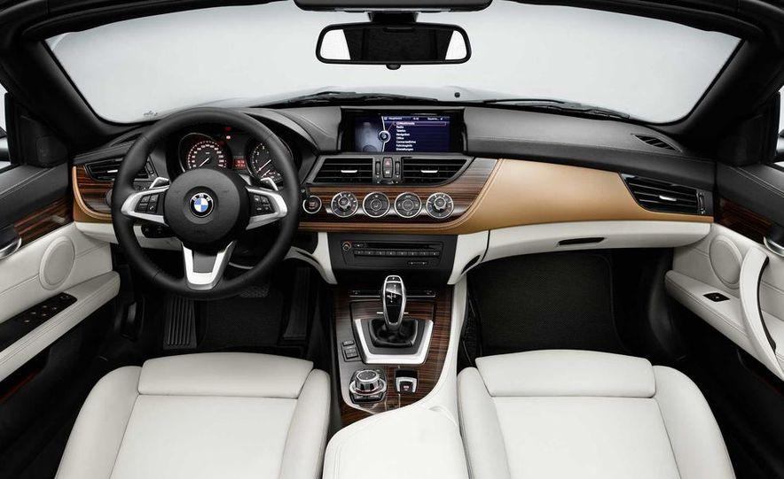2014 BMW Z4 sDrive35i Pure Fusion Design - Slide 15