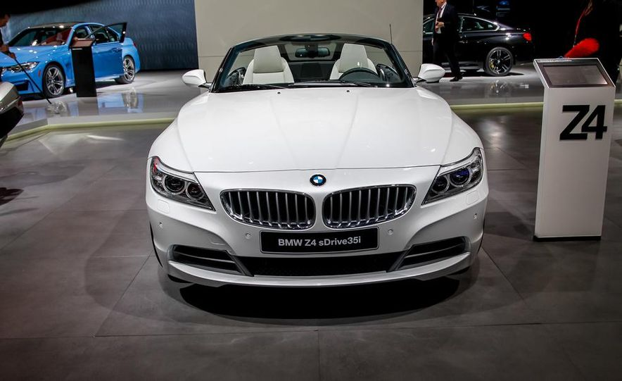 2014 BMW Z4 sDrive35i Pure Fusion Design - Slide 3
