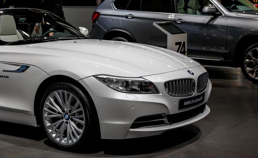 2014 BMW Z4 sDrive35i Pure Fusion Design - Slide 6