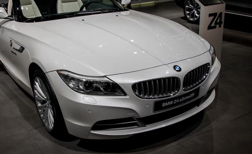 2014 BMW Z4 sDrive35i Pure Fusion Design - Slide 7