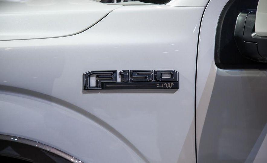 2013 Ford F-150 SVT Raptor SuperCab - Slide 92