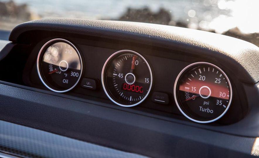 2013 Volkswagen Beetle convertible Turbo - Slide 7