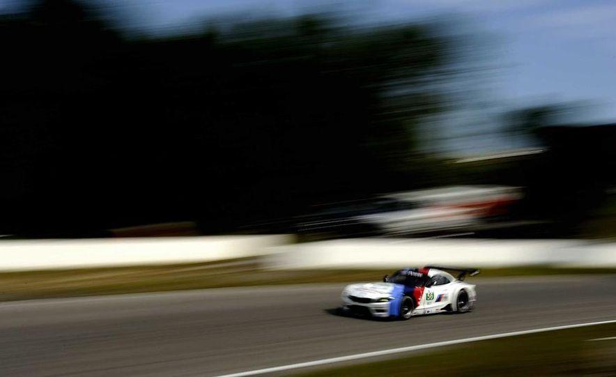 Alex Zanardi with the BMW Z4 GT3 - Slide 25