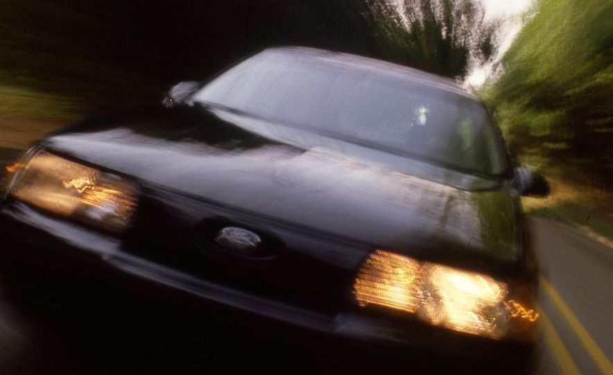 1989 Ford Taurus SHO - Slide 1