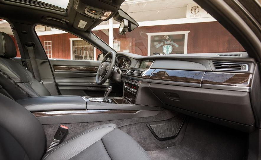 2014 BMW 740Ld xDrive - Slide 44