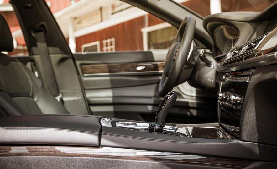2014 BMW 740Ld xDrive - Slide 49