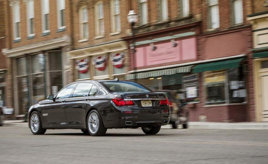 2014 BMW 740Ld xDrive - Slide 28