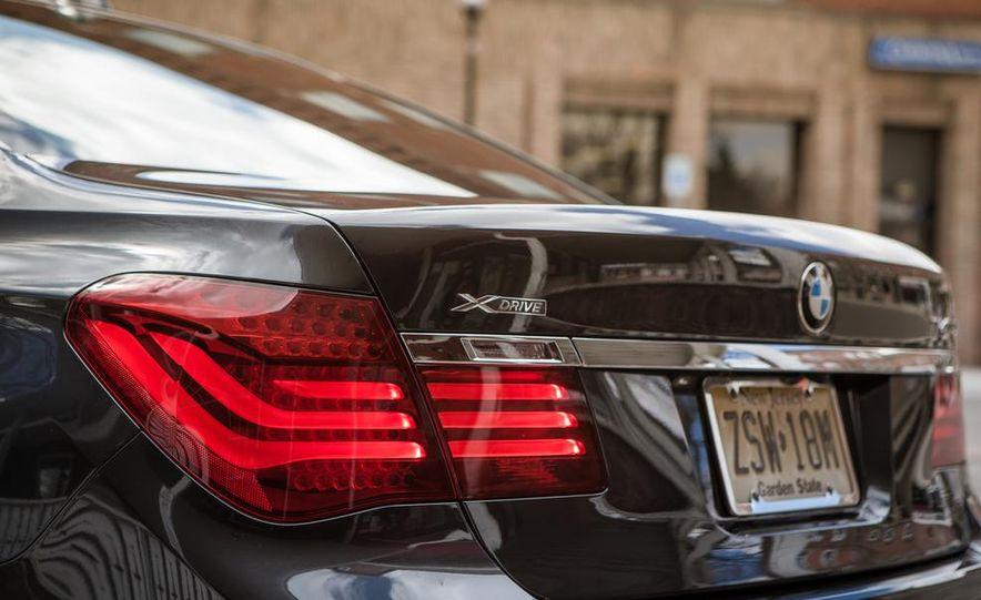 2014 BMW 740Ld xDrive - Slide 40