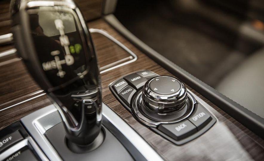 2014 BMW 740Ld xDrive - Slide 59