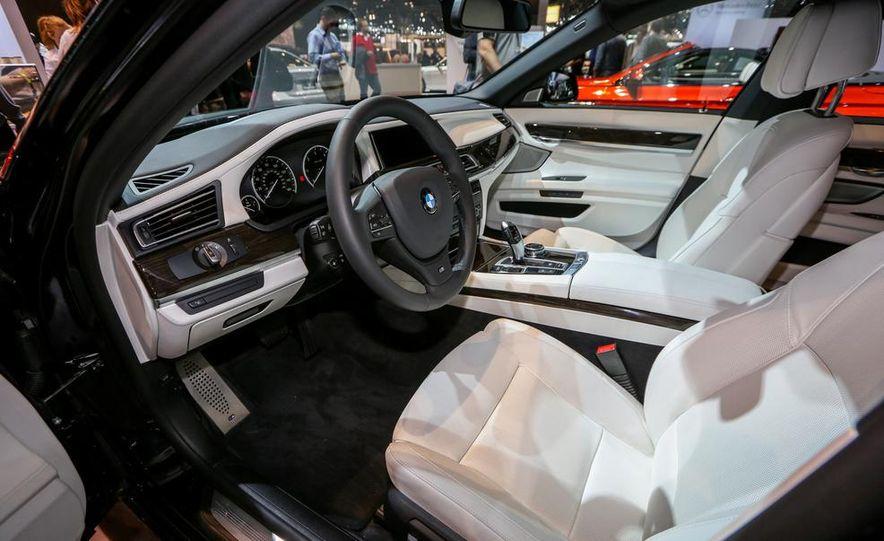 2014 BMW 740Ld xDrive - Slide 12