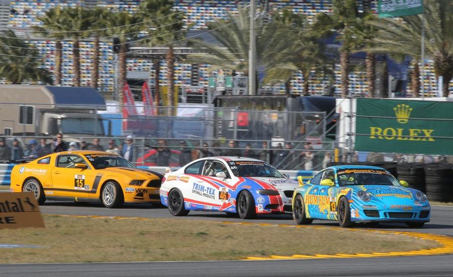 BMW Starts the 2014 Continental Series With a Pair of Wins in Daytona - Slide 4